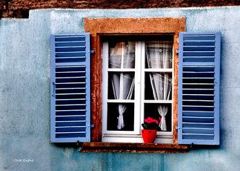 חלון כחול